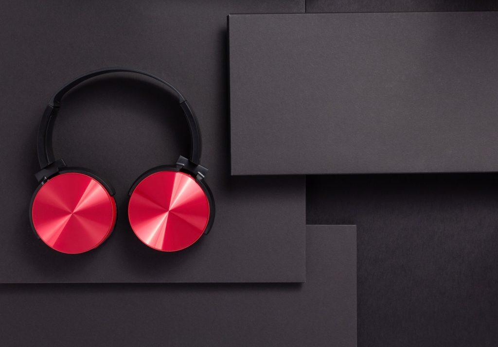 wireless earphones or headphones